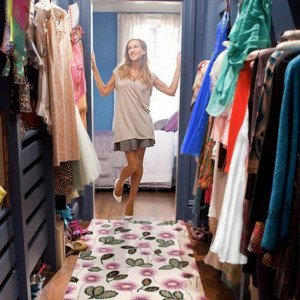 carrie-bradshaw-dressing